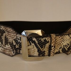 White House Black Market Belt Leather XS